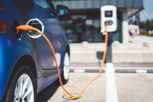 Europe powers up electric car battery drive